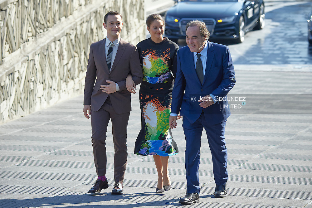 Joseph Gordon-Levitt, Shailene Woodley, Oliver Stone attend 'Snowden' photocall at the Kursaal Palace during 64th San Sebastian International Film Festival on September 22 2016 in San Sebastian, Spain.