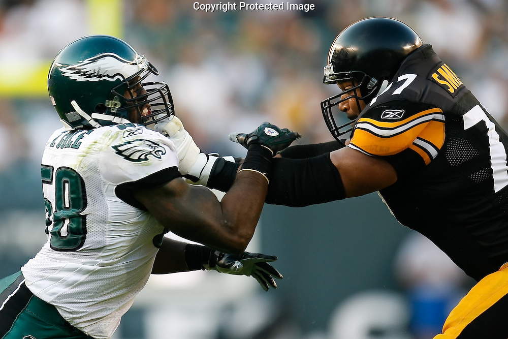 21 Sept 2008: Philadelphia Eagles defensive end Trent Cole #58 squares up with Pittsburgh Steelers offensive tackle Marvel Smith #77 during the game against the Pittsburgh Steelers on September 21st, 2008.  The Eagles won 15-6 at Lincoln Financial Field in Philadelphia Pennsylvania.
