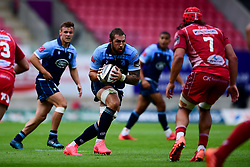 Guinness PRO14, Parc y Scarlets, Llanelli, UK 22/8/2020<br /> Scarlets v Cardiff Blues<br /> Josh Turnbull of Cardiff Blues is marked by Josh Macleod of Scarlets<br /> Mandatory Credit ©INPHO/Ryan Hiscott