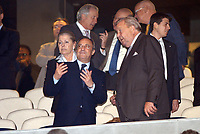 Fotball<br /> Foto: BPI/Digitalsport<br /> NORWAY ONLY<br /> <br /> 23/11/2004 Real Madrid v Bayer Leverkusen, UEFA Champions League, Estadio Santiago Bernabeu<br /> Real Madrid President Florentino Perez alongside Sepp Blatter on another night of alleged racist chanting in Madrid