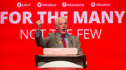 © Licensed to London News Pictures. 25/09/2017. Brighton, UK. MP for Bolsover DENNIS SKINNER speaks at the 2017 Labour Party Conference in Brighton. Photo credit: Hugo Michiels/LNP