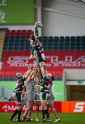 Wasps Back row Tom Willis competes for a line-out with Leicester Tigers flanker Hanro Liebenberg during a Gallagher Premiership Round 10 Rugby Union match, Friday, Feb. 20, 2021, in Leicester, United Kingdom. (Steve Flynn/Image of Sport)
