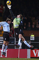 Edwin van der Sar (Fulham) palms away a cross. Fulham v Crystal Palace, FA Barclaycard Premiership, 1/01/2005. Credit: Back Page Images / Matthew Impey