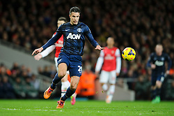 Man Utd Forward Robin van Persie (NED) in action - Photo mandatory by-line: Rogan Thomson/JMP - 07966 386802 - 12/02/14 - SPORT - FOOTBALL - Emirates Stadium, London - Arsenal v Manchester United - Barclays Premier League.