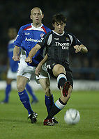 Photo: Aidan Ellis.<br /> Chesterfield United v Manchester City. Carling Cup. 20/09/2006.<br /> City's Joey Barton gets in front of Chesterfield's Paul Shaw