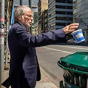 Thank you. Have a Nice Day. Fifth Avenue, New York. April 23, 2018. #photoobserve #canpubphoto #in_public_collective #in_public_sp #observecollective #lensculturestreets#everybodystreet #streetlife_award#burnmyeye #streetsgrammar#nycspc#streetphotography#newyorkcity#streetleaks#wearethestreet#ourstreets#storyofthestreet#cityclickr#scotsurbeckphotographer