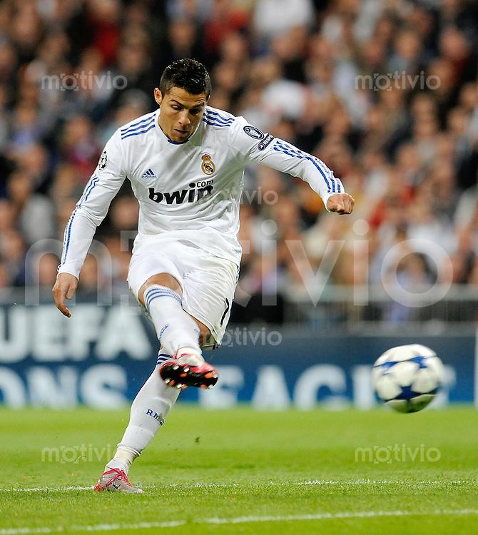 FUSSBALL  INTERNATIONAL  Champions League  Saison   2010/2011   Gruppe G CF Real Madrid - AC Mailand                                      19.10.2010 CRISTIANO RONALDO (Real Madrid)