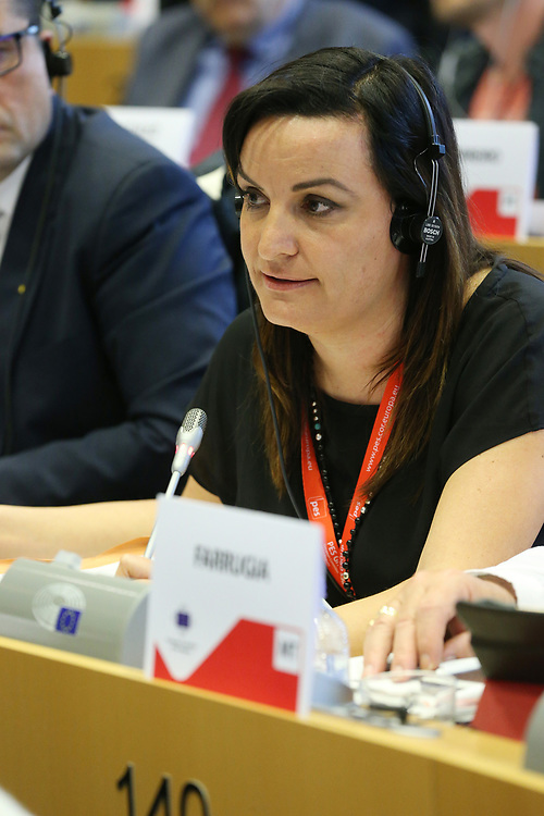 11 May 2017, 123rd Plenary Session of the European Committee of the Regions <br /> Belgium - Brussels - May 2017 <br /> <br /> FANELLI Micaela, Mayor of Riccia, Province of Campobasso, Italy<br /> <br /> © European Union / Patrick Mascart