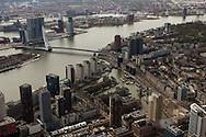 Leuvehaven en Nieuwe Maas met Erasmusbrug Rotterdam