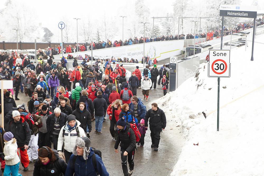Bilder fra Ski VM 2011. Linje 1 transport av publikum. Generelle bilder <br /> Ikke modell release