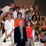 NLD/Tilburg/20061105 - Premiere Oebele, cast, Joris Lutz en Nol Havens, VOF de Kunst, Joop Stokkermans en Margot Ros