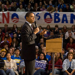 Democratic presidential hopeful Sen. Barack Obama, D-Ill., addresses the crowd at a town hall meeting on the campus of the University of Nevada, Reno in Reno, Friday, Jan. 18, 2008...Photo by David Calvert/Bloomberg News