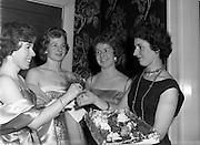 22/11/1958<br /> 11/22/1958<br /> 22 November 1958<br /> Irish Shell staff dance at the Shelbourne Hotel, Dublin.