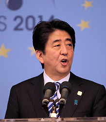 © Licensed to London News Pictures. 05/06/2014. Brussels, BELGIUM.<br /> Shinzo Abe, Prime Minister of Japan gives a press conference at the end of the G7 summit in Brussels, Belgium. Photo credit : RICH BOWEN/LNP