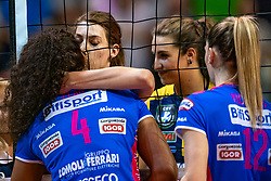 18-05-2019 GER: CEV CL Super Finals Igor Gorgonzola Novara - Imoco Volley Conegliano, Berlin<br /> Igor Gorgonzola Novara take women's title! Novara win 3-1 / Celeste Plak #4 of Igor Gorgonzola Novara gets a hug from Robin de Kruijf #5 of Imoco Volley Conegliano