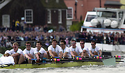 London, ENGLAND, 30.03.2002, University [Varsity] Boat Race, Oxford vs Cambridge over the Championship course - Putney to Mortlake. Cambridge show the strain as they approach the finish line. © Peter Spurrier/Intersport Images, email images@intersport-images.com. Tel +44 [0] 7973 819 551.