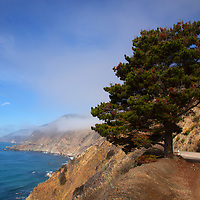USA, California. Scenic Viewpoint of Pacific Coast Highway 1.