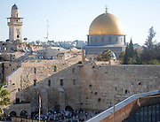 Israel, Jerusalem Old City, Dome of the Rock on Temple mount and the wailing wall