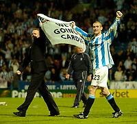 Photo. Jed Wee, Digitalsport<br /> NORWAY ONLY<br /> <br /> Huddersfield Town v Lincoln City, Nationwide League Division Three Playoff Semi-finals Second Leg, 19/05/2004.<br /> Huddersfield's Andy Booth (R) celebrates the trip to Cardiff.