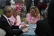 David Bond, Ivana Trump and Liza Tchenguiz, Royal Ascot Race Meeting. Wednesday 21 June 2006. ONE TIME USE ONLY - DO NOT ARCHIVE  © Copyright Photograph by Dafydd Jones 66 Stockwell Park Rd. London SW9 0DA Tel 020 7733 0108 www.dafjones.com