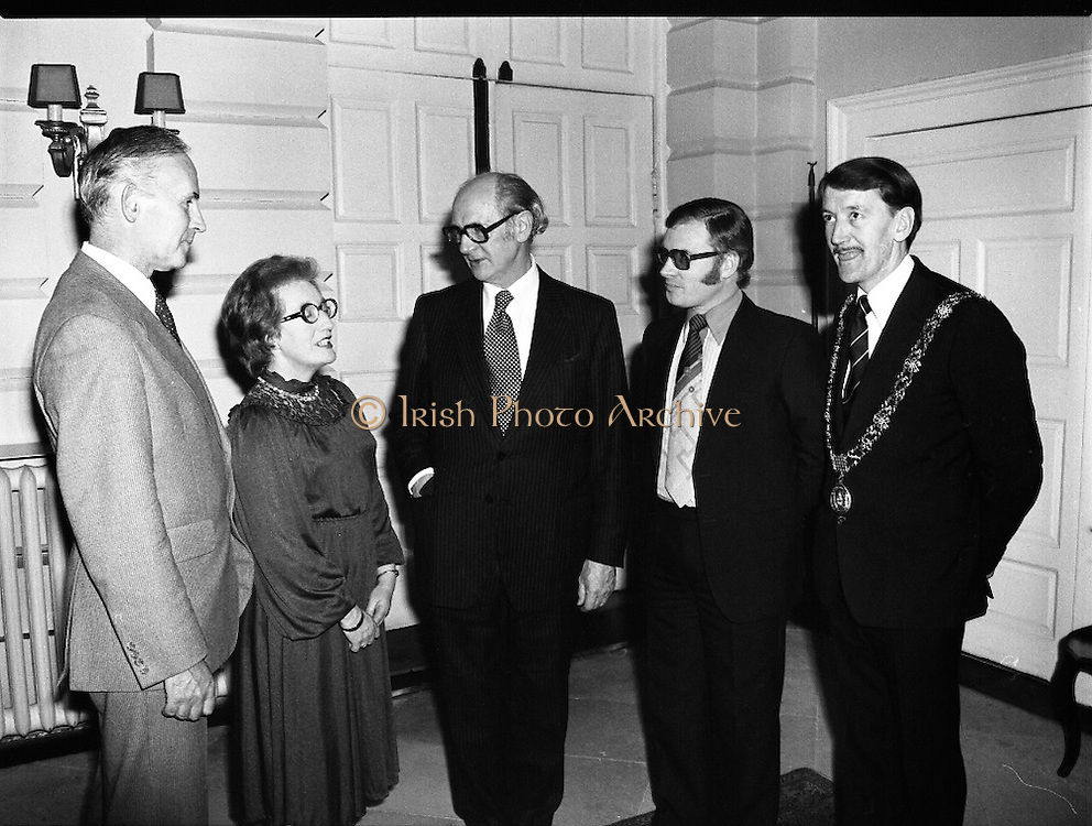 Cork School Of Music..Centennial Concert At Trinity College, Dublin. (M64)..1979..01.04.1979..04.01.1979..1st April 1979..An Taoiseach,Mr Jack Lynch TD,was guest of honour at Cork School of Music,Centennial Concert presented by The Music Association of Ireland. The concert was sponsored by Raybestos Manhattan, McCullogh-Piggot Ltd and Trinity College Dublin.The event took place in the examination hall in the college..Pictured at the concert reception were (L-R), Dr F S L Lyons,Provost Trinity College,Ms Bridget Doolan,Director of the Cork School of Music, An Taoiseach, Mr Jack Lynch TD.,Mr Pat hackett, Managing Director,Raybestos Manhattan and Councillor Brian Sloane, Lord Mayor of Cork.