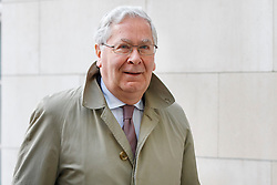 © Licensed to London News Pictures. 06/03/2016. London, UK. Former Governor of the Bank of England MERVYN KING arriving at BBC Broadcasting House in London to appear on The Andrew Marr show on BBC One on Sunday, 6 March 2016. Photo credit: Tolga Akmen/LNP