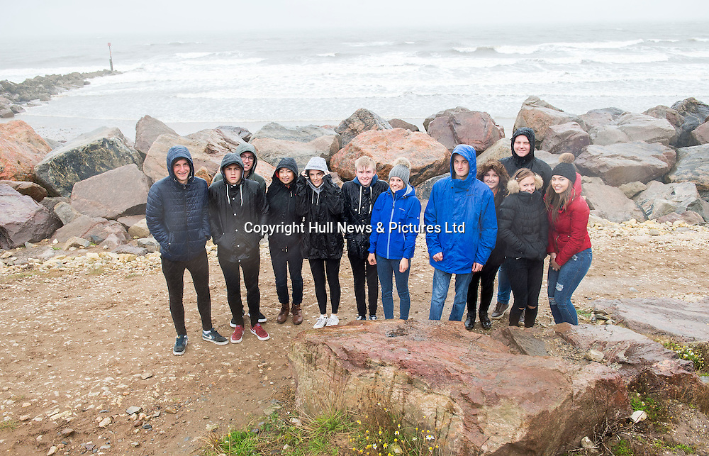 12 October 2016: Tollbar Sixth Form College Geography students visit to the Holderness coast to study erosion. They are pictured in Mappleton.<br /> <br /> Picture: Sean Spencer/Hull News & Pictures Ltd<br /> 01482 210267/07976 433960<br /> www.hullnews.co.uk         sean@hullnews.co.uk