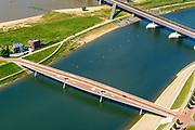 Nederland, Gelderland, Nijmegen, 29-05-2019; Nijmegen en Veur-Lent, Spiegelwaal met fietsbrug De Zaligebrug.<br /> Nijmegen and Veur-Lent, view of the newly constructed high water channel, the Spiegelwaal.<br /> <br /> luchtfoto (toeslag op standard tarieven);<br /> aerial photo (additional fee required);<br /> copyright foto/photo Siebe Swart