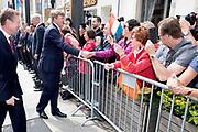 Staatsbezoek aan Luxemburg dag 1 / State visit to Luxembourg day 1<br /> <br /> Op de foto / On the photo: Welkomstceremonie bij het Palais Grand-Ducal met Koning Willem Alexander en Koningin Maxima/ Welcome ceremony at the Palais Grand-Ducal with King Willem Alexander and Queen Maxima