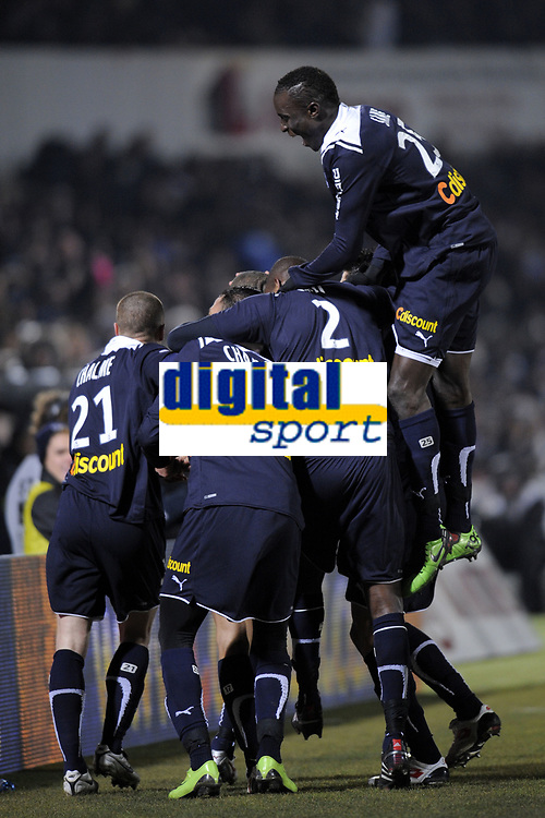 FOOTBALL - FRENCH CHAMPIONSHIP 2009/2010 - L1 - GIRONDINS BORDEAUX v AS SAINT ETIENNE - 14/02/2010 - PHOTO JEAN MARIE HERVIO / DPPI - JOY BORDEAUX