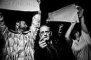 Residenti del quartiere di Tor Sapienza protestano contro i giornalisti colpevoli di aver definito i residenti del quartiere razzisti e violenti, Roma 13 Novembre 2014.  Christian Mantuano / OneShot