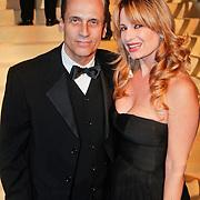NLD/Amsterdam/20101209 - VIP avond Miljonairfair 2010, Robert Schoemacher en partner Claudia van Zweden