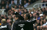 Photo: Andrew Unwin.<br />Newcastle Utd v Birmingham City. The Barclays Premiership. 05/11/2005.<br />Newcastle's Graeme Souness (R) and Dean Saunders (L) appear to give mixed messages.