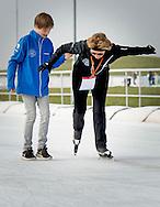 BIDDINGHUIZEN - Prinses Margriet (R) en samuel tijdens de tweede editie van De Hollandse 100 op FlevOnice, een sportief evenement van fonds Lymph en Co ter ondersteuning van onderzoek naar lymfeklierkanker.  COPYRIGHT ROBIN UTRECHT <br /> BIDDINGHUIZEN -  During the second edition of the Dutch 100 on FlevOnice, a sporting event fund Lymph and Co. to support research into lymphoma. COPYRIGHT ROBIN UTRECHT