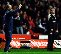 Photo: Alan Crowhurst.<br />Southampton v Norwich City. Coca Cola Championship. 16/12/2006. Norwich coach Peter Grant (L) gives the orders.