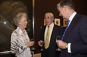 Dowager Countess of Cramer, Sir Patrick Sergeant and Vivian Baring. 'Shades of Grey', exhibition of new paintings and drawings by Emma Sergeant. 148 New Bond St. 1 November 2004. ONE TIME USE ONLY - DO NOT ARCHIVE  © Copyright Photograph by Dafydd Jones 66 Stockwell Park Rd. London SW9 0DA Tel 020 7733 0108 www.dafjones.com