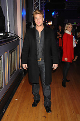 Singer DUNCAN JAMES at a party to celebrate the launch of the new purple Sony Ericsson K770i phone held at the Bloomsbury Ballroom, Bloomsbury Square, London on 24th October 2007.<br /><br />NON EXCLUSIVE - WORLD RIGHTS