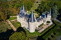 France, Nièvre (58), Pouilly-sur-Loire, domaine de Ladoucette, château du Nozet, val de Loire // France, Nièvre (58), Pouilly-sur-Loire, area of Ladoucette, Nozet castle