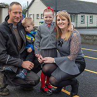 Fiadh Hassett with her brother Donnchadh and parents Aoife and Raymond