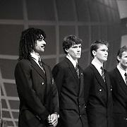 NLD/Bussum/19881222 - Sportverkiezing van het Jaar 1988 in het Spant, optreden, sportploeg van het jaar, Nederlands Elftal, Ruud Gullit, Marco van Basten, John Bosman, Adri van Tiggelen