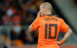 11.07.2010, Soccer-City-Stadion, Johannesburg, RSA, FIFA WM 2010, Finale, Niederlande (NED) vs Spanien (ESP) im Bild ein enttäuschter Wesley Sneijder, EXPA Pictures © 2010, PhotoCredit: EXPA/ InsideFoto/ Perottino *** ATTENTION *** FOR AUSTRIA AND SLOVENIA USE ONLY! / SPORTIDA PHOTO AGENCY