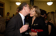 Edward Fitzgerald and Flora Fraser, 'Feast Food that celebrates Life' by Nigella Lawson- book launch. Cadogan Hall, Sloane Terace. 11 October 2004. ONE TIME USE ONLY - DO NOT ARCHIVE  © Copyright Photograph by Dafydd Jones 66 Stockwell Park Rd. London SW9 0DA Tel 020 7733 0108 www.dafjones.com