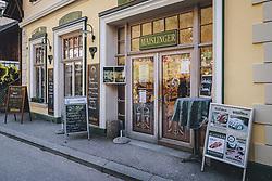 THEMENBILD - geöffnete Bäckerei während der Corona Pandemie, aufgenommen am 17. April 2019 in Hallstatt, Österreich // open bakery during the Corona Pandemic in Hallstatt, Austria on 2020/04/17. EXPA Pictures © 2020, PhotoCredit: EXPA/ JFK