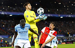 (L-R) Benjamin Mendy of Manchester City, Brad Jones of Feyenoord, Eric Botteghin of Feyenoord during the UEFA Champions League group F match between Feyenoord Rotterdam and Manchester City at the Kuip on September 13, 2017 in Rotterdam, The Netherlands