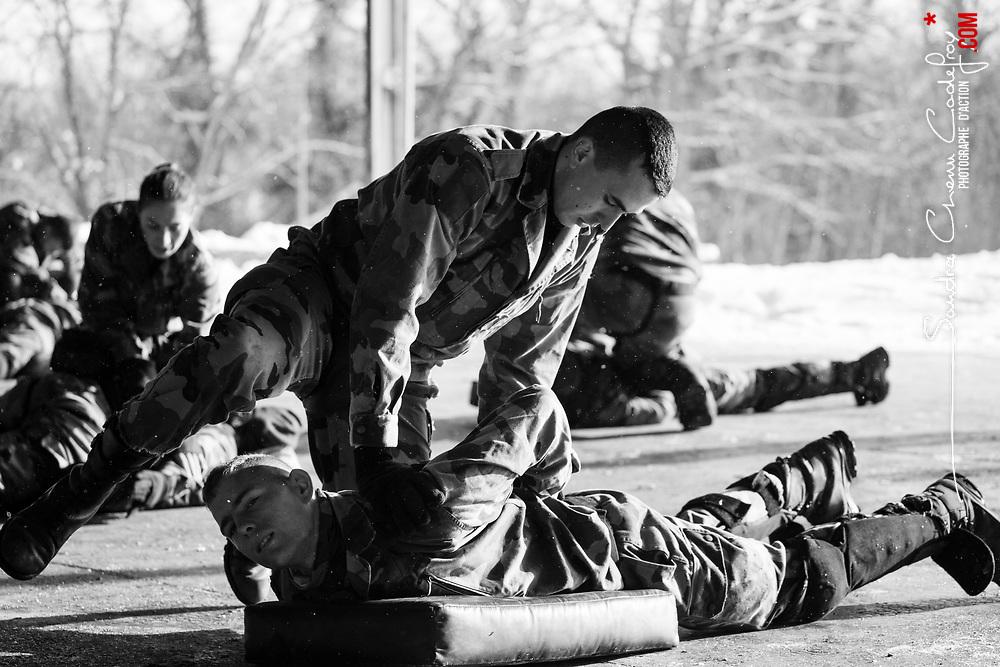 mardi 17 janvier 2017, 10h37, Valdahon. Les militaires du 13ème Régiment du Génie sont formées aux TIOR (Techniques d'Intervention Opérationelle Rapprochée) à leur régiment avant d'être déployées en Ile de France dans le cadre de l'opération Sentinelle.