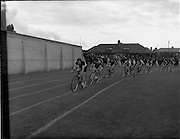 28/07/1956<br /> 07/28/1956<br /> 28 July 1956<br /> Athletics- All Ireland Athletic and Cycling Championships at the Iveagh Grounds, Dublin. Image shows a cycle race.