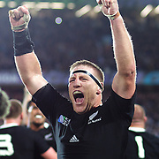 Brad Thorn, New Zealand, celebrates victory at the final whistle during his sides 8-7 victory over France in the Final of the IRB Rugby World Cup tournament, Eden Park, Auckland, New Zealand. 23rd October 2011. Photo Tim Clayton...