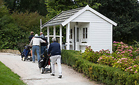 ZOETERMEER - startershuis, starten, huisje, BurgGolf Westerpark.  COPYRIGHT  KOEN SUYK