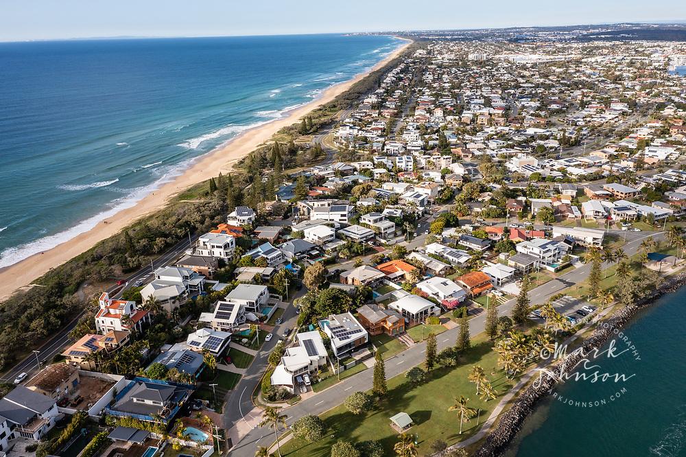 Aerial view of houses in Buddina & the Mooloolah River, Mooloolaba, Sunshine Coast, Queensland, Australia