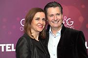 Ehemaliger Skirennfahrer Conradin Cathomen und mit Partnerin Isabelle Schleiss anlässlich der Glory-Verleihung 2018 am 12. Januar 2019 im Aura Club Zürich.